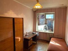 Продам 3-х кімнатну к-ру в районі Титова, Б. Хмельницького, 38