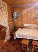 Сдам уютный домик на берегу реки