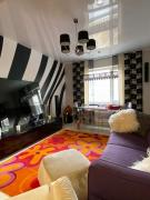 Selling 3 rooms. 522 m / r, renovation, furniture, appliances